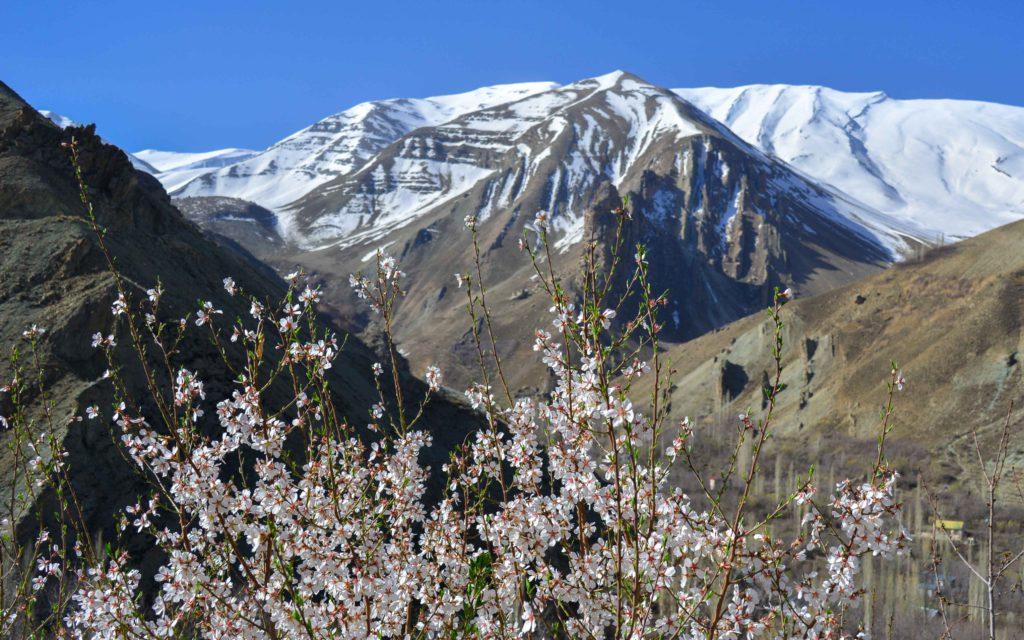Shahrestanak in April